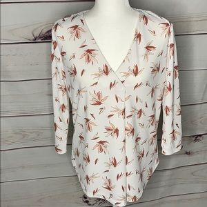 Ann Taylor Factory • printed v neck blouse
